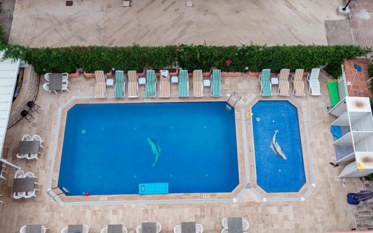 Zel Hotel - Havuz